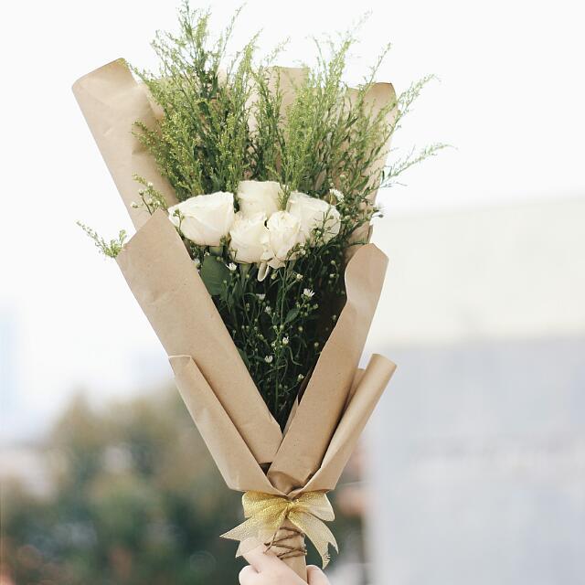 Tips Mengirim Buket Bunga Untuk Pacar Wanita Agar Berkesan Yahoolavista